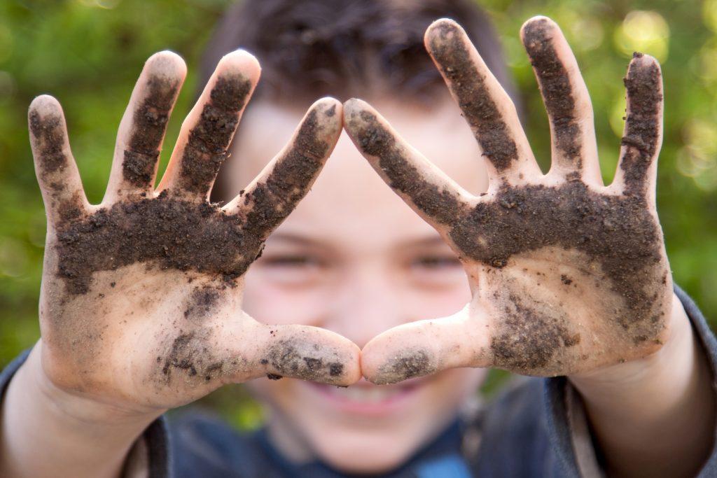 deti potrebujú mikróby